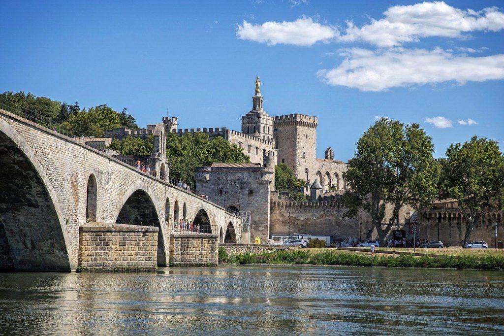 Le pont d'Avignon en Provence
