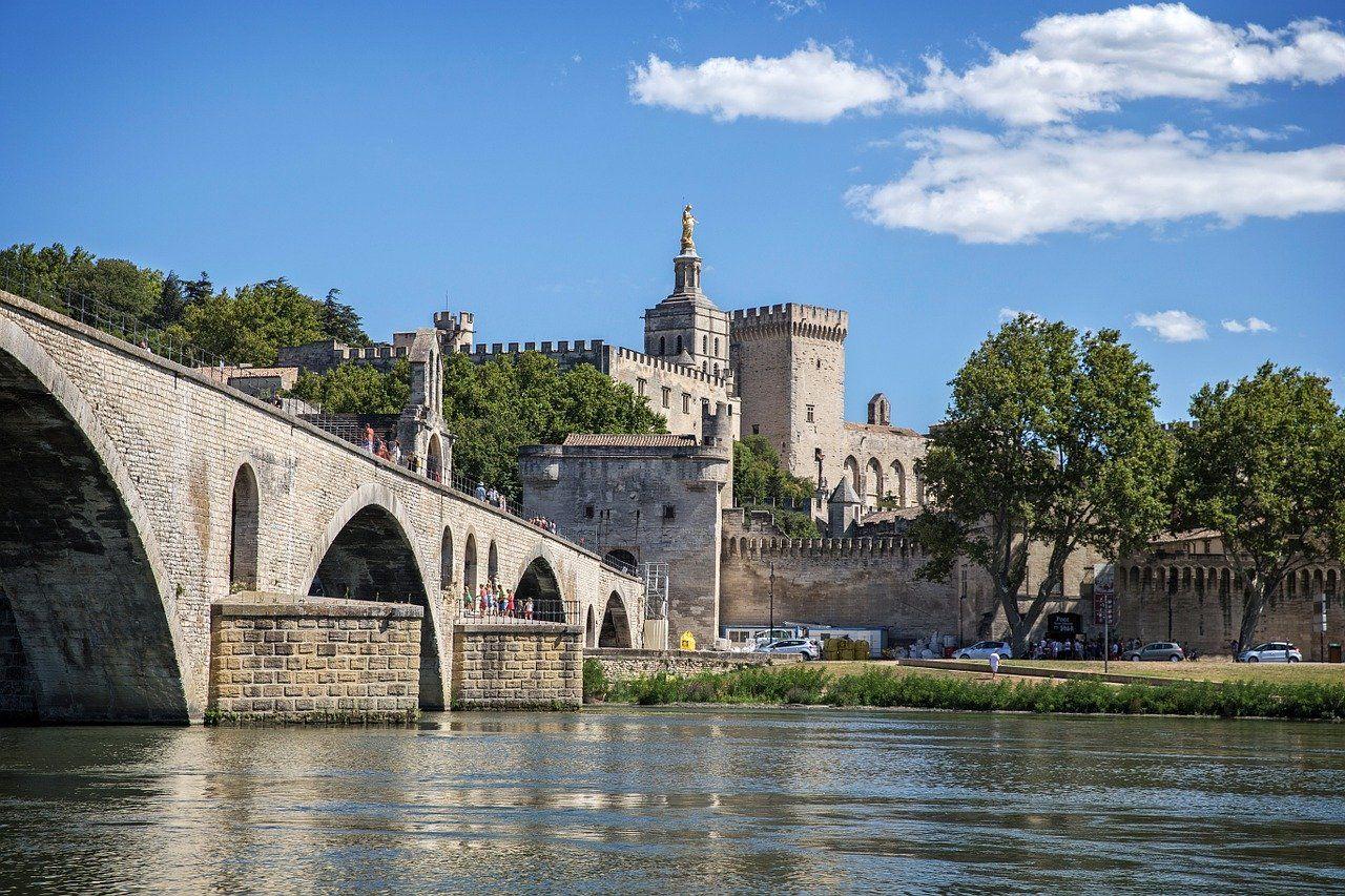 Provence-Avignon-Pont